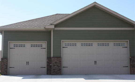 Emergency Garage Door Service Oakville