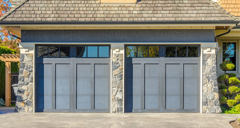 Tips-on-Painting-your-Garage-Door